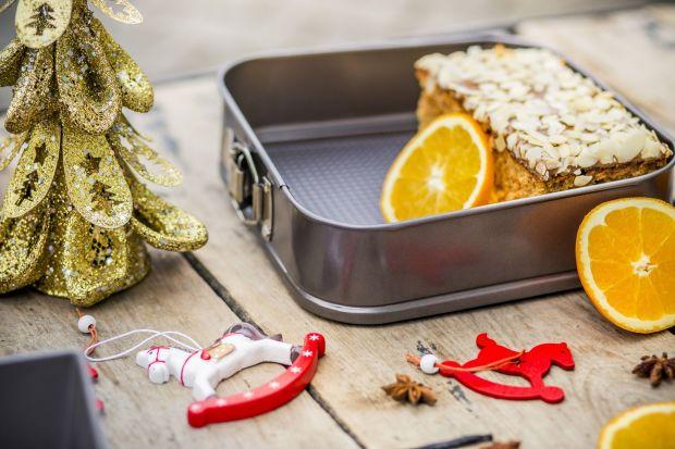 Wykwintne, pyszne ciasta, torty i ciasteczka wymagają odpowiedniej oprawy i to zarówno wtedy gdy znajdują się już na stołach, jak i wcześniej - na etapie przygotowania.