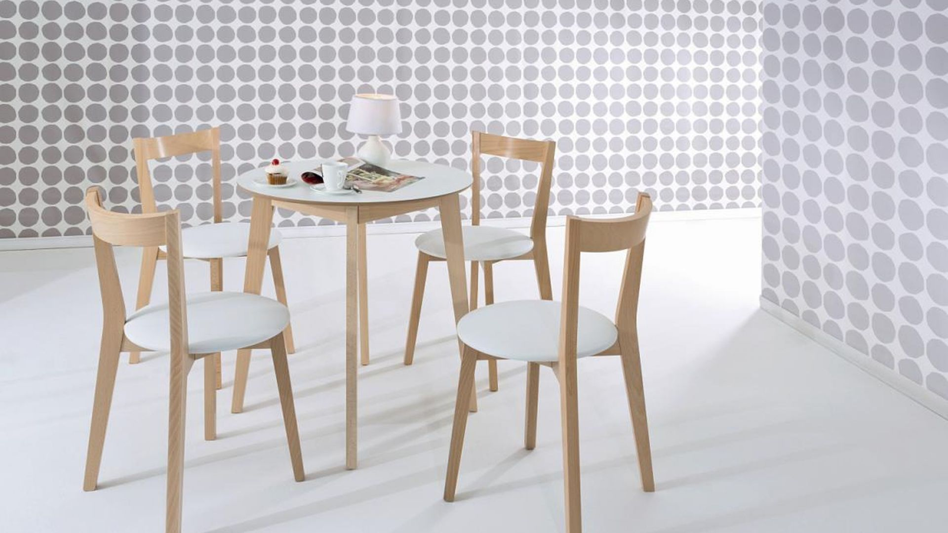stoły okrągłe i krzesła komplety black red white
