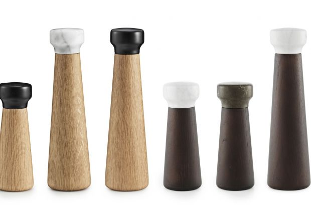 Modne akcesoria kuchenne - drewno i marmur
