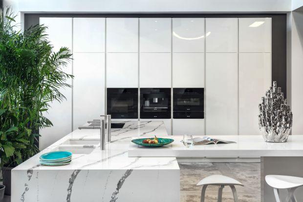 Piękna kuchnia z rysunkiem marmuru