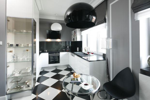 Czarno-białe kuchnie. 20 ładnych zdjęć