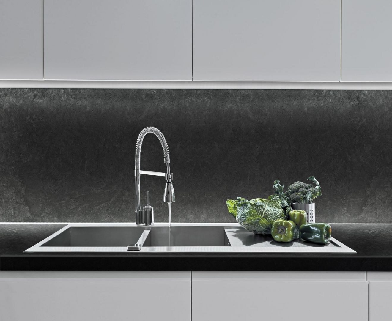 Oferta Pfleiderer - Raw Concrete Graphite