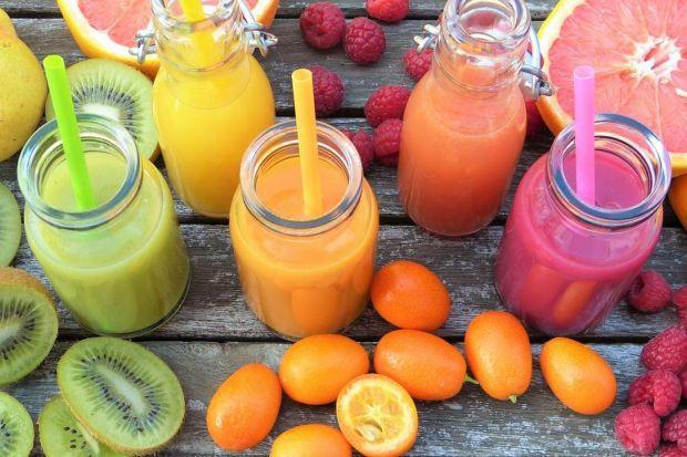 Smukłe smoothies – sposób na smaczne i sycące odchudzanie