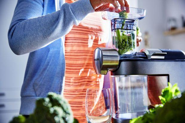 Wspomóż pracę swojego organizmu i przejdź kilkudniowe oczyszczanie, w trakcie którego pij przede wszystkim soki, wodę i ziołowe napary. Poznaj porady dietetyczki, Agaty Ziemnickiej-Łaskiej na dietę oczyszczającą.