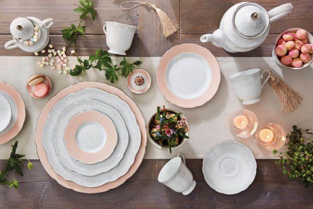 10 pomysłów na letnią dekorację stołu