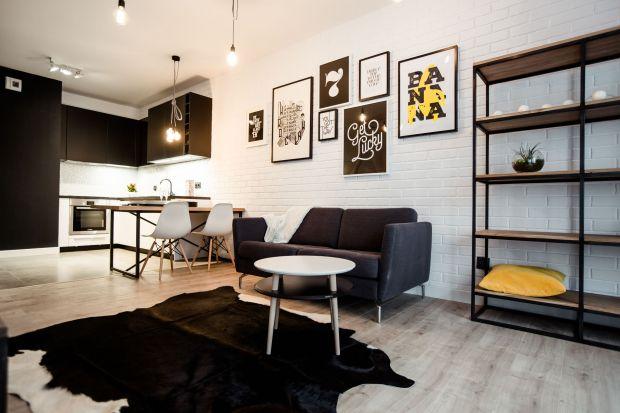 Mała kuchnia z salonem. Zobacz 20 pięknych zdjęć