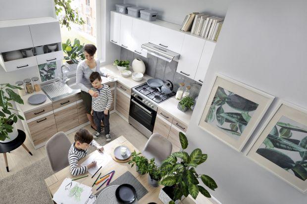 5 pomysłów na aranżację jasnej kuchni z zielenią.