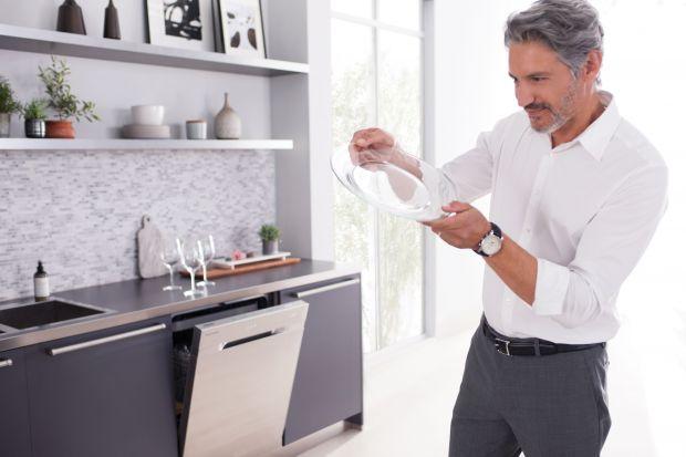 Nowoczesne zmywarki z technologią Waterwall™ 2.0 pozwalają na jeszcze dokładniejsze czyszczenie naczyń, przy jednoczesnej oszczędności wody i energii elektrycznej.