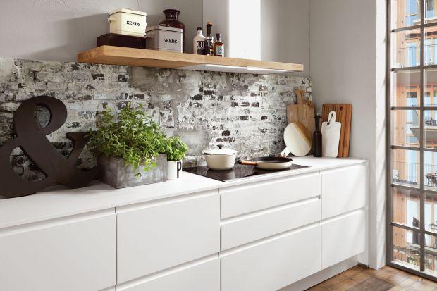 Półki w kuchni. 5 pomysłów na meble