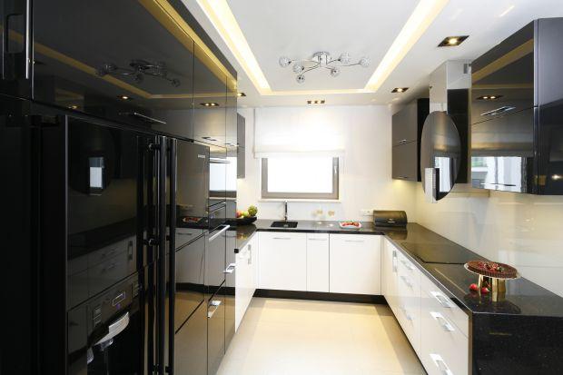 Czarne AGD w kuchni. 15 pięknych zdjęć