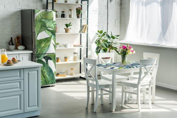 Marzysz o nowym kolorze w sypialni, planujesz odświeżyć kuchnię albo pozbyć się plam ze ścian w pokoju dziecięcym lub przedpokoju? Nie obawiaj się remontu! Odmień swój dom tego lata! Sprawdź sposoby na szybkie metamorfozy wnętrz, które zreal