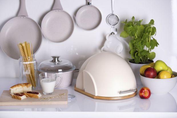 Funkcjonalne chlebaki ustawione na kuchennym blacie pozwolą na nieograniczony dostęp do pysznego chleba i bułek, a także zagwarantują zachowanie ich smaku, zapachu oraz wartości odżywczych.
