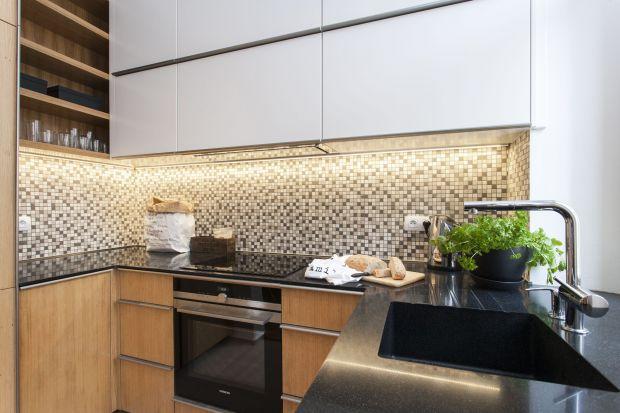 Blaty kuchenne wykonane z konglomeratów kwarcytowych linii Noble i Serenity od Technistone to rozwiązanie na lata. Powierzchnie te powstały z inspiracji wyszukanym wyglądem marmurów, a dzięki włoskiej technologii produkcyjnej, materiał ten śmiał