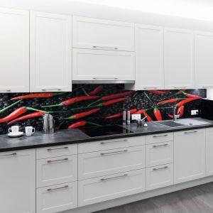 10 pomysłów na tapetę nad blatem w kuchni