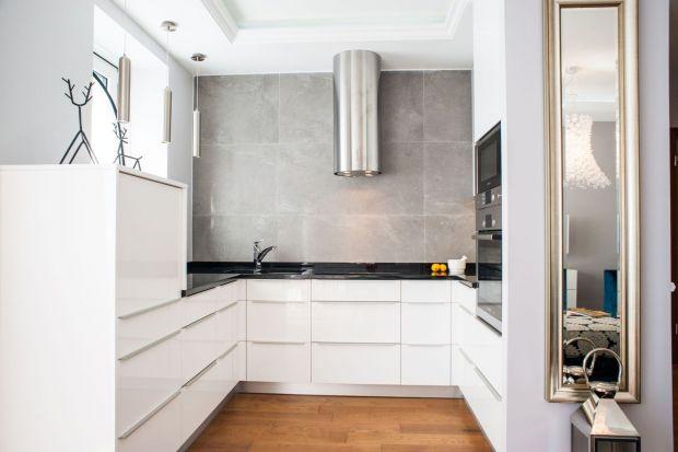 Szaro-biała kuchnia. 5 pomysłów na urządzenie