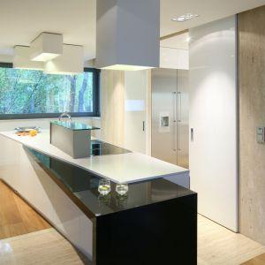 Wyspa w kuchni - 5 pięknych wnętrz