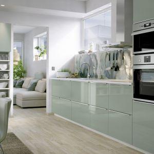 Kuchnia w kolorach lata. Fot. IKEA.