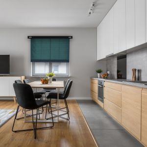 Rolety – komfort i klimat w domu i kuchni. Fot. Marcin Dekor