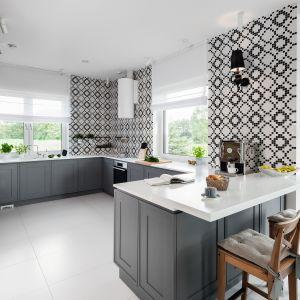 Klasyka w kuchni. 20 pięknych zdjęć. Projekt Ewelina Pik, Maria Biegańska. Fot. Bartosz Jarosz