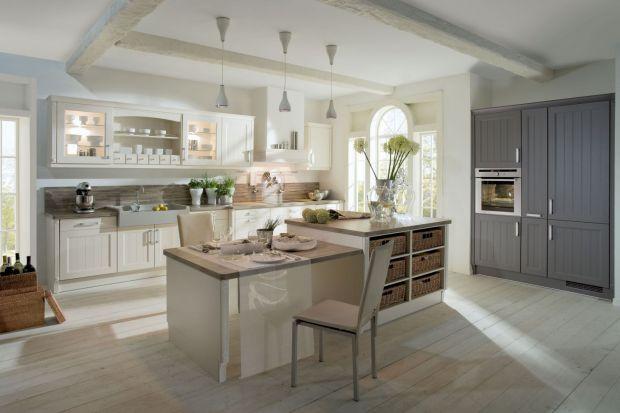 10 pomysłów na jasne meble w klasycznej kuchni