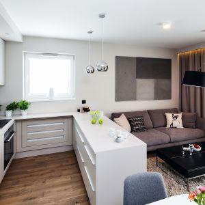 Biała kuchnia w małych wnętrzach. 12 pięknych zdjęć. Projekt Katarzyna Uszok