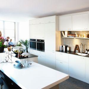 10 pomysłów na białe meble do kuchni. Fot. Sigdal