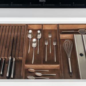 10 pomysłów na wyposażenie szafek w kuchni. Fot. Zajc