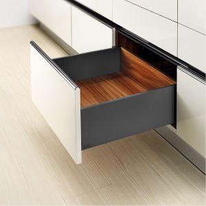 10 pomysłów na wyposażenie szafek w kuchni. Fot. Amix