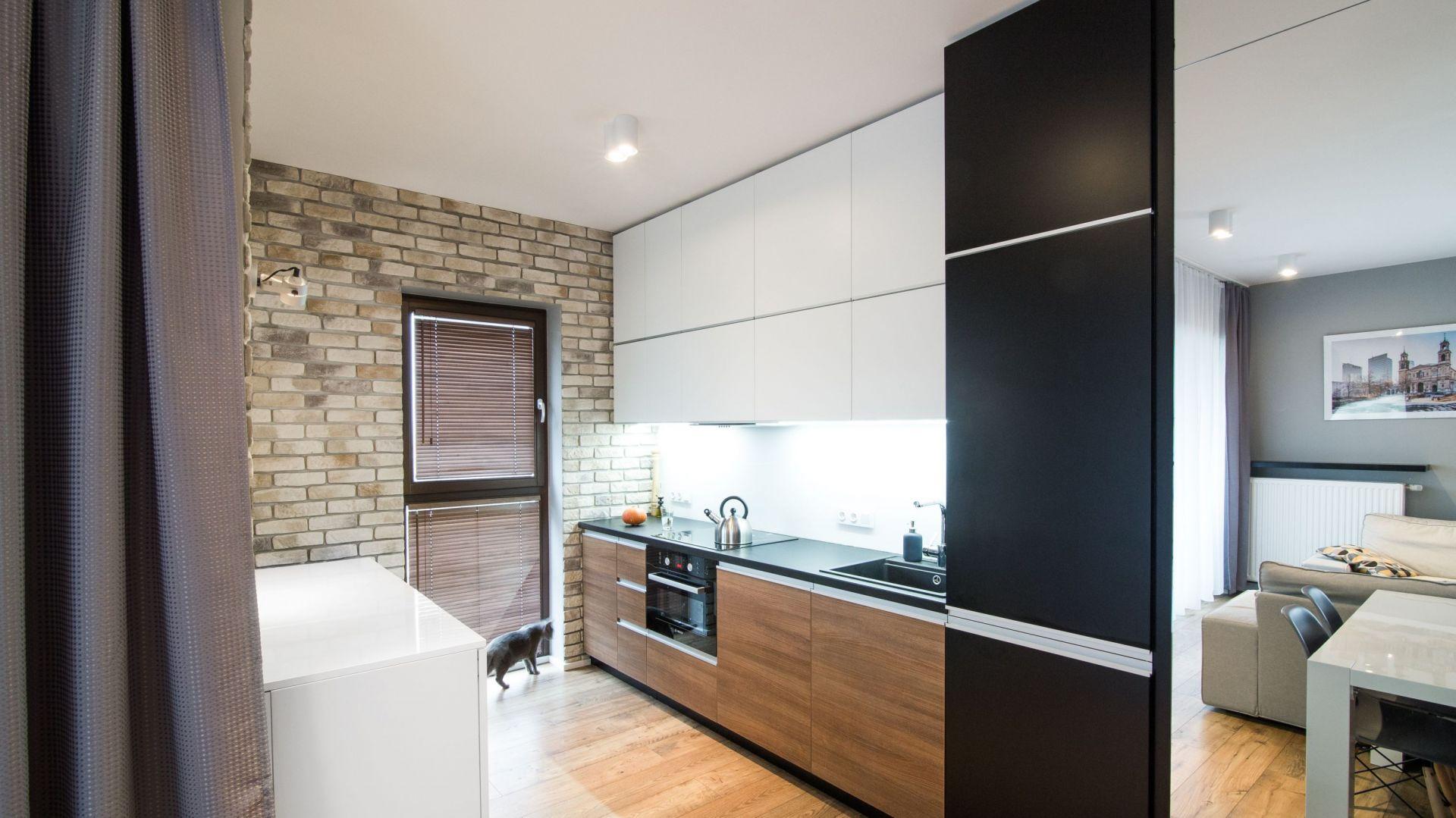 Kuchnia w mieszkaniu. 12 pomysłów na urządzenie. Projekt Joanna Nawrocka