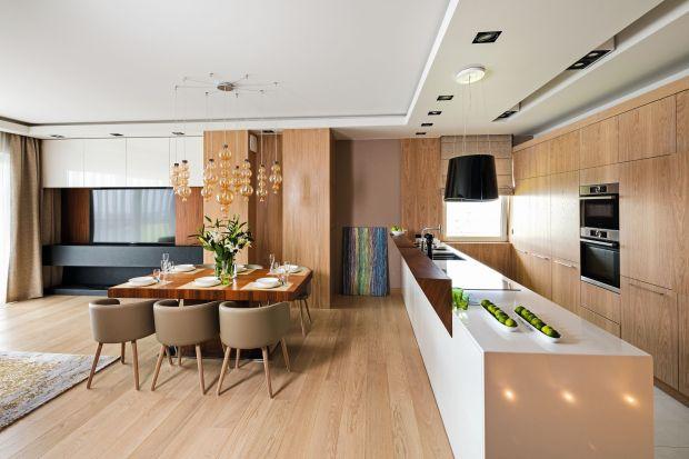 Drewno w nowoczesnej kuchni. Dużo pięknych zdjęć