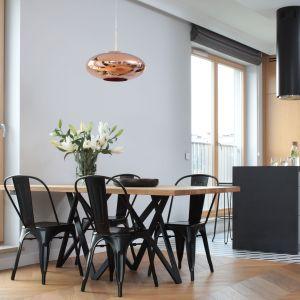 Wybieramy stół do jadalni. Podpowiadamy na co zwrócić uwagę. Projekt Katarzyna Mikulska-Sękalska.