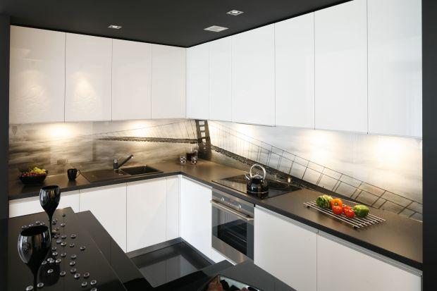 5 pomysłów na blat do białej kuchni