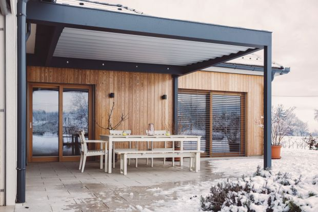 Malowanie drewna na zewnątrz w niskiej temperaturze. Zobacz jak to zrobić