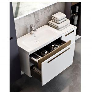 Szafka Senso wyposażona w szufladę  z praktycznymi organizerami z tworzywa. Fot. Defra