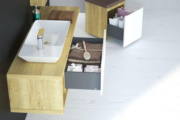 Akcesoriałazienkowe,ręczniki,detergentyczykosmetykitotypoweprzedmioty,które przechowujemywłazience.