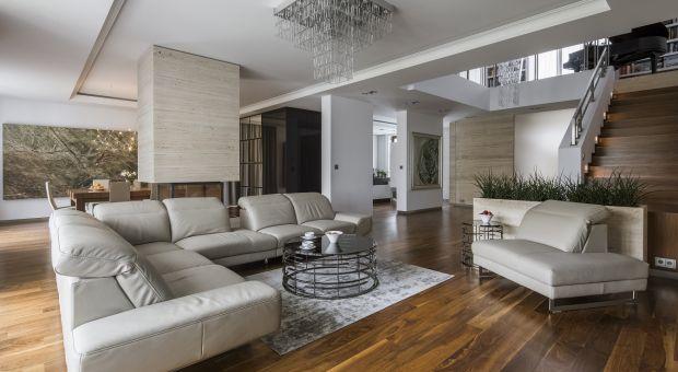 Luksusowa rezydencja: piękne wnętrze w dobrym stylu