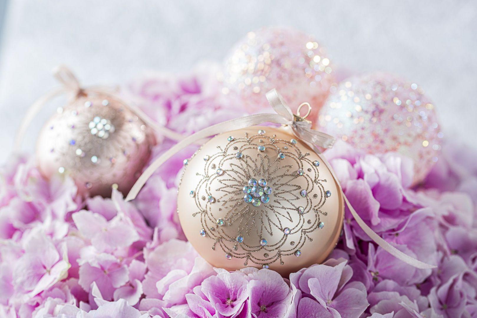 Świąteczne dekoracje  z kolekcji Pink Champagne marki Dagmara. Fot. Dagmara