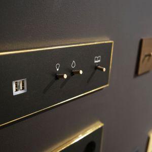 Zestaw Lithoss: lampka+włącznik+gniazdo 230V+ładowarka USB/Produkt Design