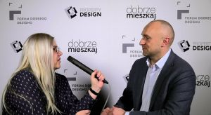O ewolucji podłóg laminowanych pod względem jakości i funkcjonalności produktu oraz o aktualnych trendach wzorniczych mówi Tomasz Kwarta, project sales managerfirmy Pergo, Partnera Głównego Forum Dobrego Designu.