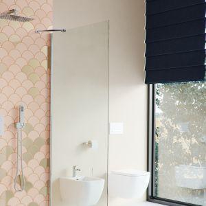 KROTOS: zestaw prysznicowo-wannowy podtynkowy termostatyczny 3 wyjścia.