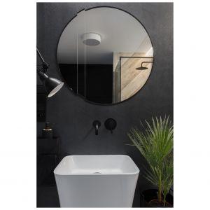 Równowagą estetyczną dla królującej we wnętrzu czerni jest biała ceramika sanitarna. Projekt: Katarzyna Maciejewska. Fot. Anna Laskowska, Dekorialove