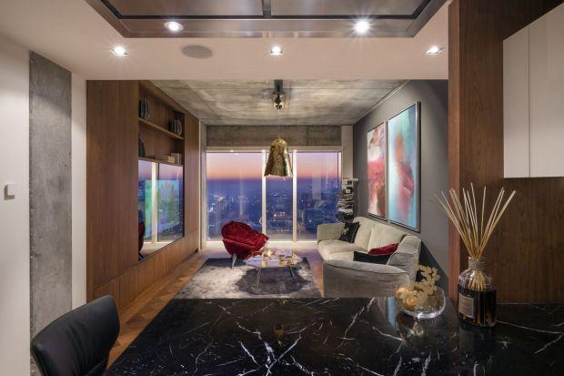 Apartament Nature jest przykładem przestrzeni zaaranżowanej zgodnie z filozofią całego budynku – pomimo tego, iż jest on zlokalizowany w centrum tętniącego życiem miasta, w jego wnętrzach znajdziemy ciszę, spokój i najlepszy design, w tym prz