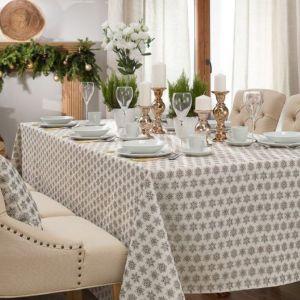 Pomysł na dekorację świątecznego stołu. Fot. Dekoria.pl