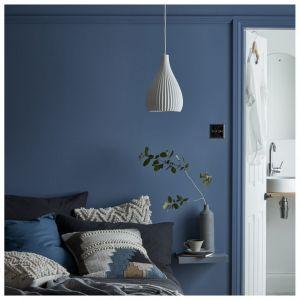 Farba GoodHome premium ściany i sufity 2,5 l, kolor antibes Castorama 54,98 zł. Fot. Castorama