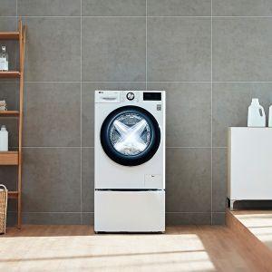 Pralki z technologią AI DD ważą wsad, określają właściwości włożonych tkanin, sterują ruchami bębna, tak aby zapewnić wysoką skuteczność prania i możliwie najkrótszy czas trwania programu. Dostępna w ofercie firmy LG. Fot. LG