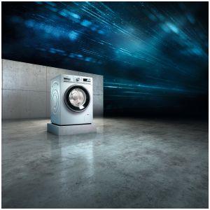 Pralka iSensoric to elegancki design oraz innowacyjny systemem sensoFresh, który skutecznie usuwa nieprzyjemne zapachy i przywraca świeżość tkaninom. Dostępna w ofercie firmy Siemens. Fot. Siemens