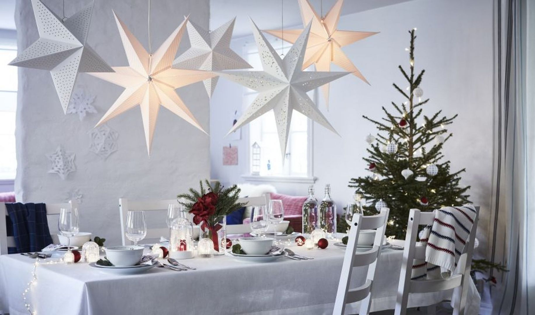 Stół świąteczny: piękne ozdoby. Fot. Ikea