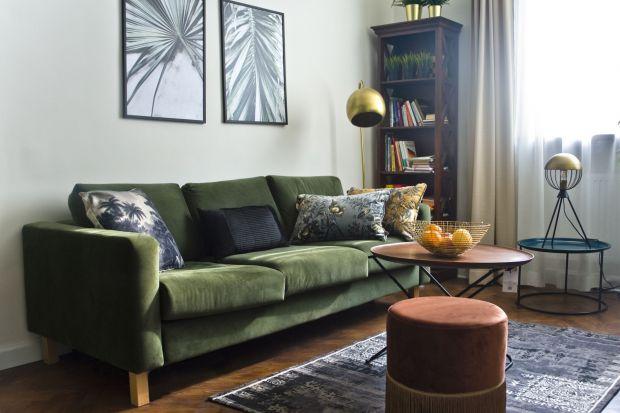 Ze starego mieszkania, urządzanego jeszcze w latach 50-tych XX wieku udało się stworzyć gustowne mieszkanie w eklektycznym stylu.Sami zobaczcie efekty tej metamorfozy.