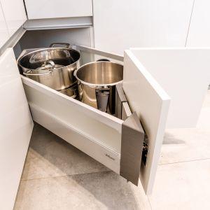 Wygodna kuchnia: KAMmoduł Pro-Line do szafek narożnych. Fot. KAM