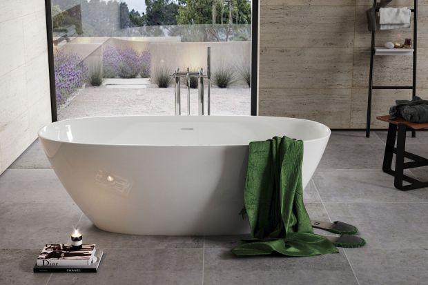 Nawet, jeżeli na co dzień częściej wybieramy szybki prysznic, to każdy od czasu do czasu ma ochotę na kąpiele w wannie. W komfortowej łazience nie może jej zabraknąć.